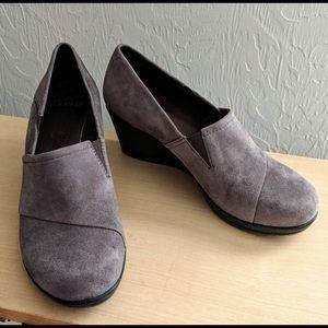 Gray suede Dansko loafers size 39